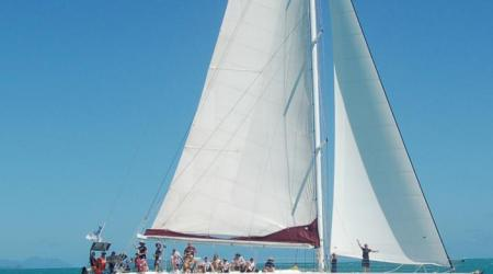 4fa9df90e8243 14 siska sailing 2011small1