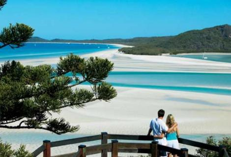 CroppedImage470320-4d65dc55382c0_16_cruising-for-couples-hill-inlet-couple-low-res